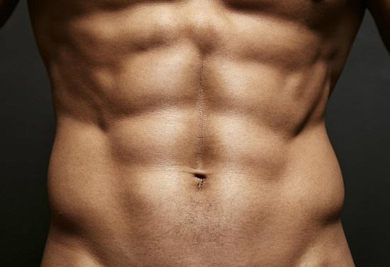 Avoir des abdos hommes raisons et exercices