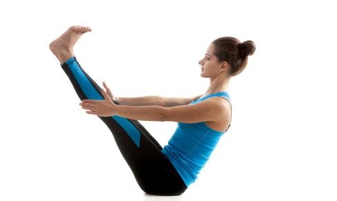 Perdre du ventre avec l'exercice en V